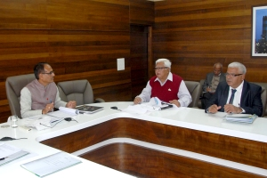 Madhya Pradesh Chief Minister Shivraj Singh Chouhan met investors in Bhopal on Monday, January 5, 2014