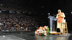Prime Minister, Narendra Modi addressing the Indian Community, at Madison Square Garden, in New York on Sept. 28, 2014. (Photo: IANS/PIB)