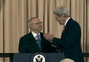 (LtoR) David Saperstein-John Kerry