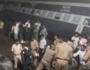 Twin train accident at Harda (photo courtesy twitter0