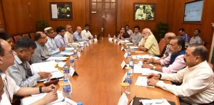 The Prime Minister, Shri Narendra Modi chairing a high level meeting on drought with the Chief Minister of Madhya Pradesh, Shri Shivraj Singh Chouhan, in New Delhi on May 10, 2016.