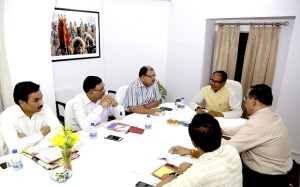 Chief Minister Shivraj Singh Chouhan today reviewed the flood situation in Madhya Pradesh
