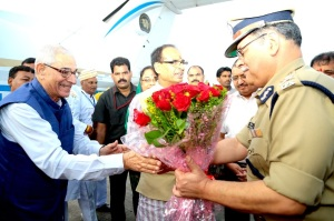 New MP Governor Om Prakash Kohli was received at the state hanger at BHopal airport by chief minister Shivraj Singh Chouhan and State DG Police Rishi Kumar Shukla