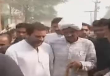 Rahul Gandhi attends Ex-Armyman Ram Kishan Grewal's funeral