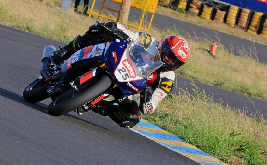 Deepak Ravikumar - winner of the Pro-Stock 301-400cc race June 8