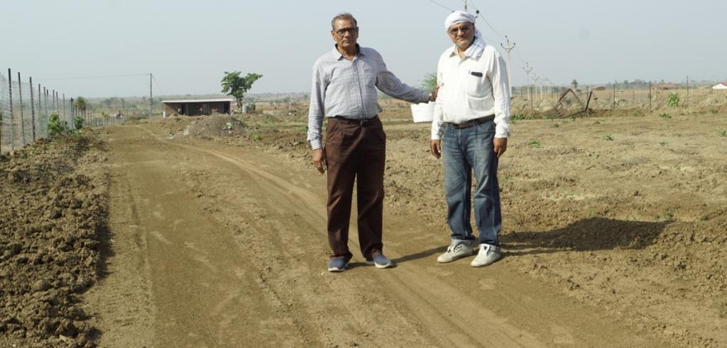 "Prof Dr. G.D. Singh, Member Board of Advisors Sanatan Mission and Founder member of Sanatan Mission Society Ashish Kurl at Sanatan Kendra, Bilkisganj, Bhopal, heralding the launch of ""Greening of Planet Earth Campaign"" on World Environment Day, 4 June 2019"