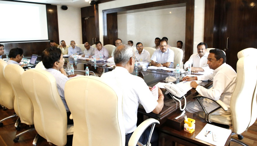 MP CM kamal Nath reviewed progress of road projects on Tuesday,  11 June 2019.